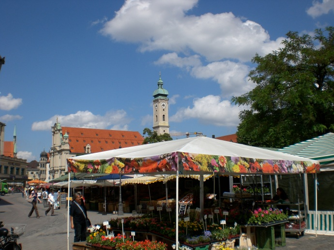 Farmers market.  Munich, Germany.